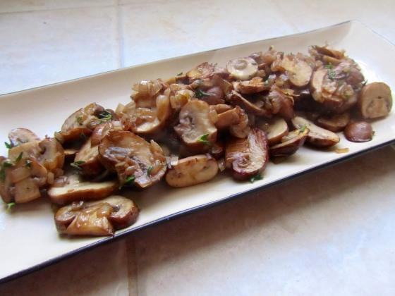Sauteed mushroom mixture